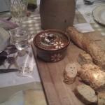 stokbrood op de tafel